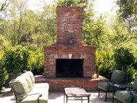 outdoor fireplace - traditional style