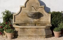 Freestanding wall fountain
