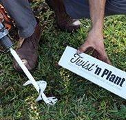 Twist 'n Plant garden auger