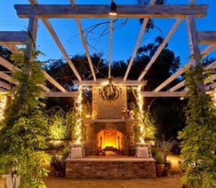 outdoor fireplace lighting