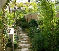 Sideyard Entryway
