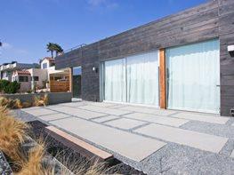 Concrete, Modern, Patio DC West Construction Inc. Carlsbad, CA