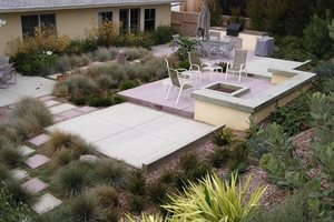 Backyard Entertainment Area Backyard Landscaping FormLA Landscaping, Inc. Tujunga, CA
