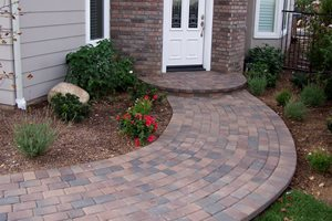 Curved Path, Pavers, Stoop, Running Bond Backyard Landscaping Genesis Stoneworks Moorpark, CA