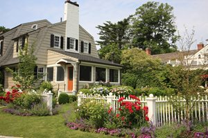 White, Fence, Picket Gates and Fencing Conte & Conte, LLC Greenwich, CT