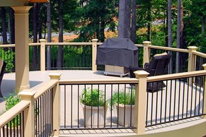 Round Deck Retaining and Landscape Wall Peach Tree Decks & Porches Atlanta, GA