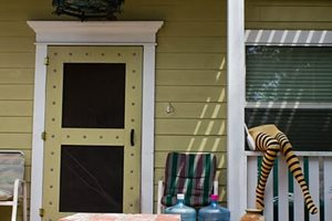 The Front Porch Of This Venice Beach, Calif. Retaining and Landscape Wall Janine Robinson ,