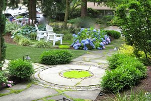 Natural, Path, Moss, Stone, Circle Seattle Landscaping Spring Greenworks Bellevue, WA