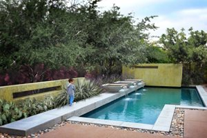 Infinity Edge Pools - Landscaping Network