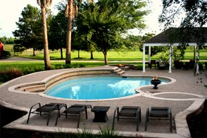 Custom Pool, Pool Design Texas Landscaping Lightfoot Landscapes, Inc. Houston, TX