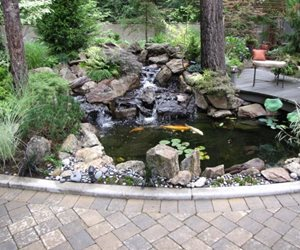 Pond and Waterfall Woody's Custom Landscaping Inc Battle Ground, WA