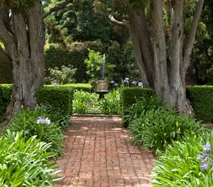 Brick Path, Straight Path Grace Design Associates Santa Barbara, CA