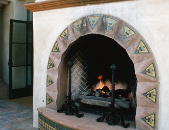 Outdoor fireplace pictures gallery landscaping network for Spanish outdoor fireplace