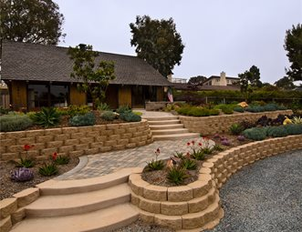 Front Yard Retaining Walls Block Succulents And Landscape Wall Landscaping Network Calimesa