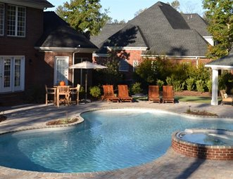 Freeform Pool Raised Spa Coping Planter Brick Pavers Traditional Tg R Landscape