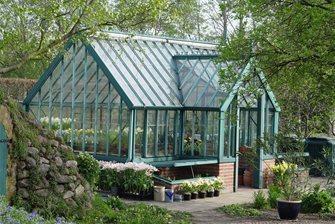 ultimate passive solar greenhouse
