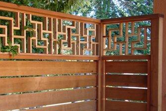 Fence topper - pattern D140.