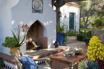 Custom Outdoor Fireplace Design
