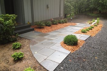 Cut Bluestone Path Backyard Landscaping Arabella Stone Co. Minneapolis, MN