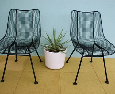 Incorporate Retro Patio Furniture