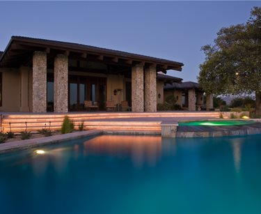 Elegant Pool, Pool Lighting