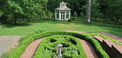 formal boxwood parterre