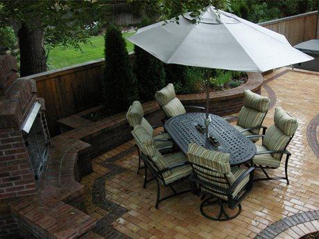 Create a Cozy Courtyard