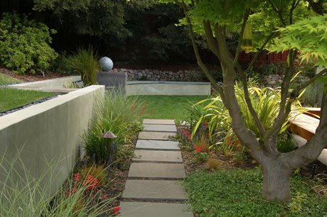 Stucco Wall, Retaining Wall Huettl Landscape Architecture Walnut Creek, CA