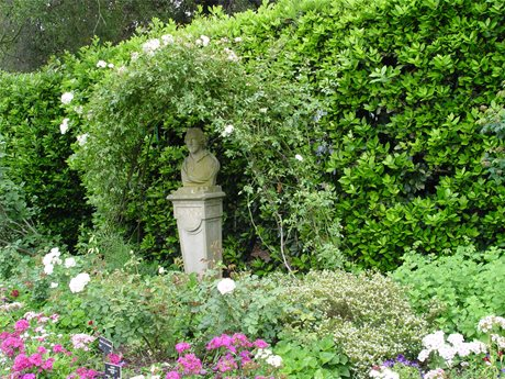 sculpture plants shakespeare bust