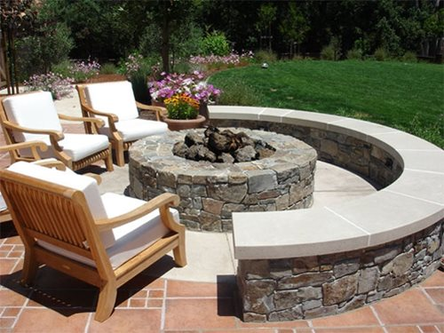 Outdoor Fire Pit Ideas 500 x 375