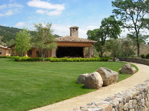 Roland beginner tuscan style backyard landscaping for Landscaping rocks northern virginia