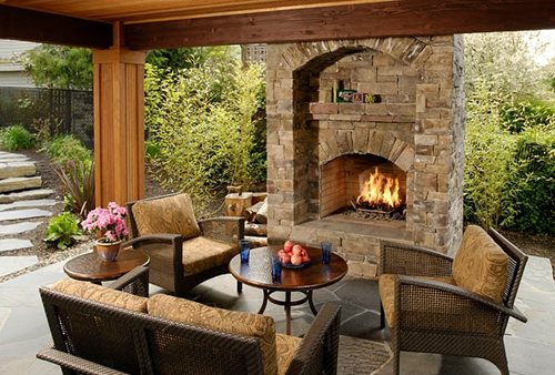 Outdoor gas fireplaces landscaping network Deck fireplace designs