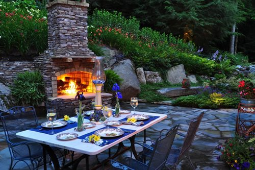 Wood Burning Outdoor Fireplace - Landscaping Network