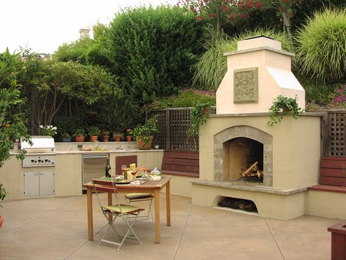 Outdoor fireplace design styles landscaping network for Patio fireplace plans