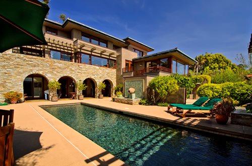 Mediterranean Inspired Backyards : Nine ways to bring authentic Mediterranean style to your backyard