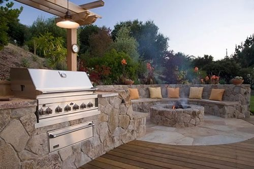 Outdoor Grill Area with Fire Pit Landscaping Designs
