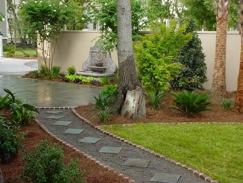 Backyard walkway ideas landscaping network for Paving designs for small garden path