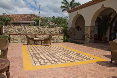Selecting Outdoor Tile Landscaping Network - Cement tiles for backyard