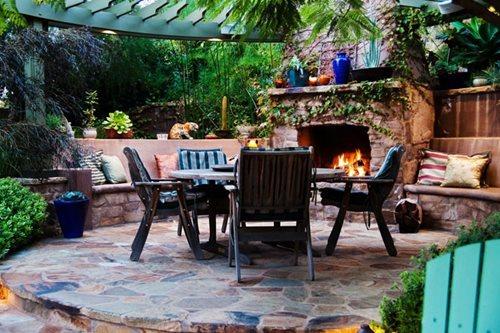 fire pits versus fireplaces landscaping network. Black Bedroom Furniture Sets. Home Design Ideas