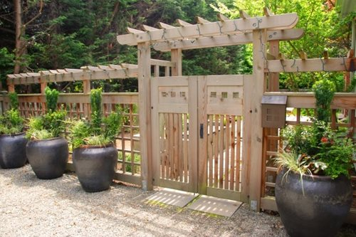 Garden gate ideas wrought iron wooden vinyl for Front garden fence designs