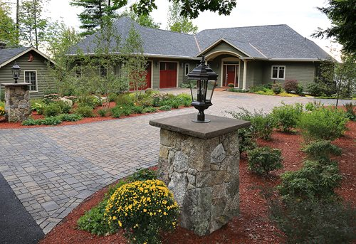 New hampshire sustainable landscape landscaping network for Half acre backyard landscaping ideas