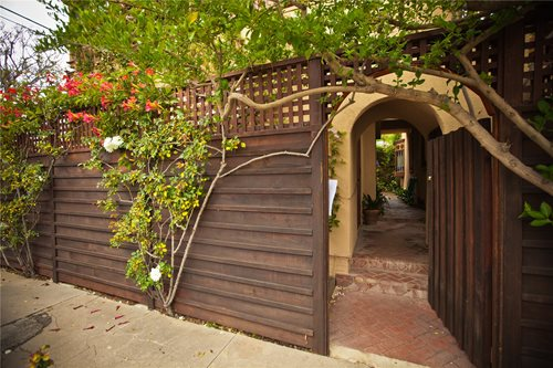 How To Landscape Your Yard For Privacy : Landscape design los angeles landscaping network