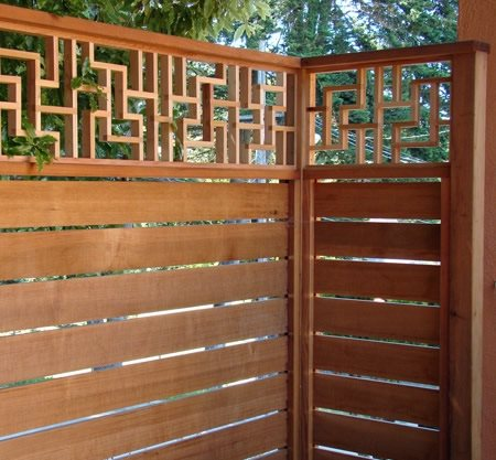 Modern lattice screens landscaping network for Wooden garden screen designs