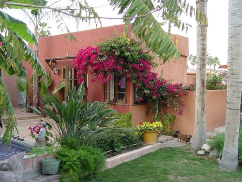 Mexican garden design ideas landscaping network - Mexican style patio design ...