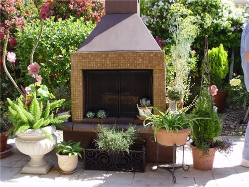 Prefab outdoor fireplaces landscaping network for Prefabricated outdoor fireplace kits