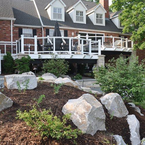 Split level landscaping landscaping network for Split level garden designs