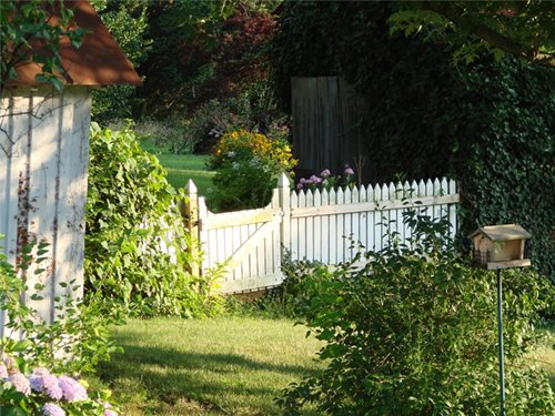 Picket Fences Arbors for a Cottage Garden Landscaping Network