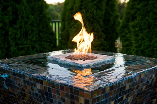 Roseville backyard garden landscaping network for Fire pit water feature combo