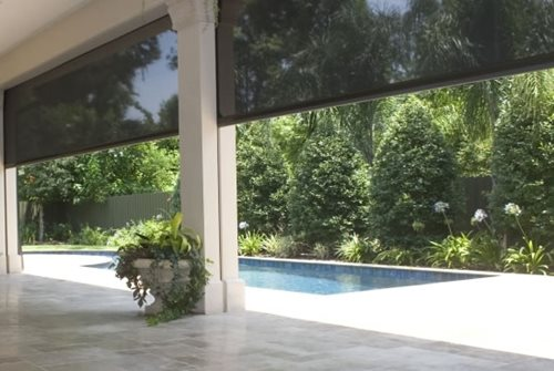 Retractable insect screens landscaping network for Retractable deck screens