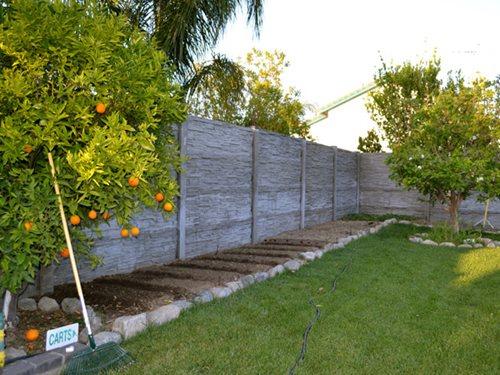 Precast Fence Wall : Precast concrete fencing landscaping network